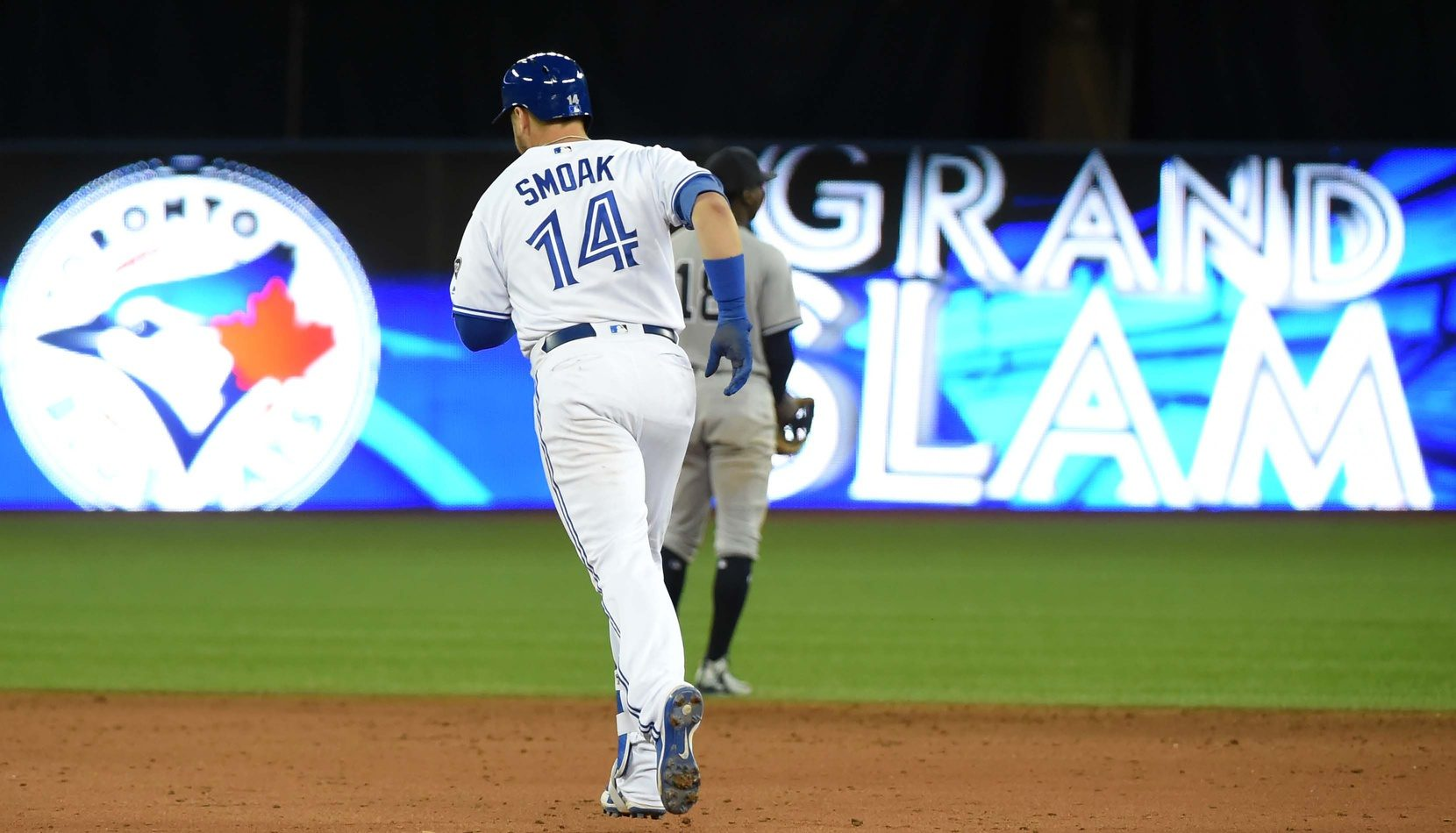 Smoak-grand-slam-e1538355179356